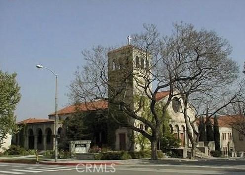78 E Highland Avenue, Sierra Madre CA: http://media.crmls.org/medias/17f7258d-d9d5-4e20-93a2-cbe9da4b15f5.jpg