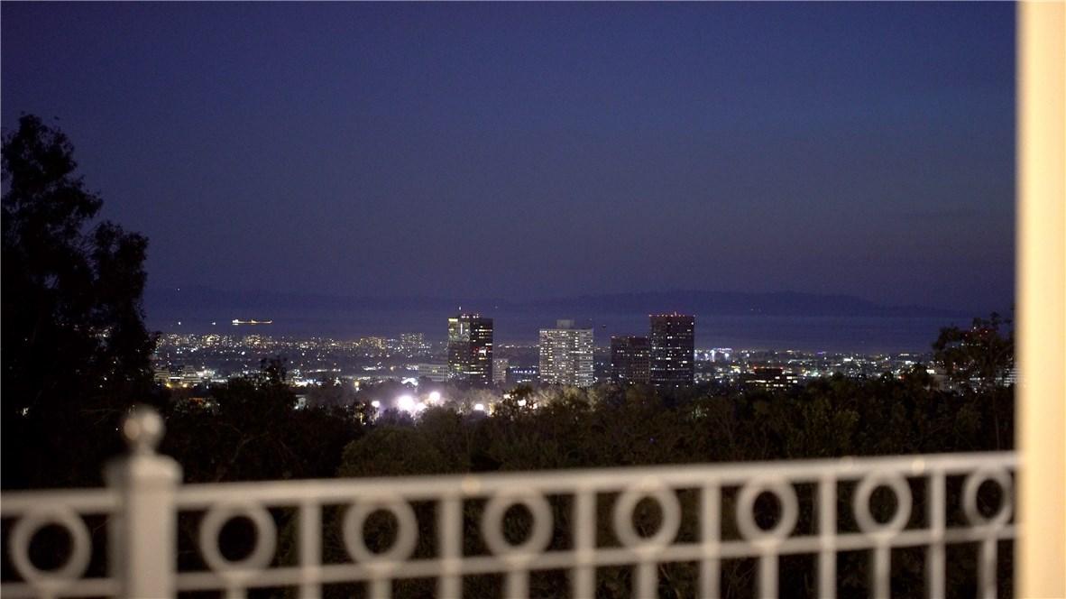 655 Funchal Rd, Los Angeles, CA 90077 Photo 31