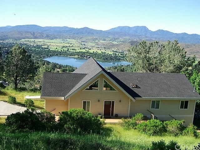 Single Family Home for Sale at 16062 Eagle Rock Road Hidden Valley Lake, California 95467 United States