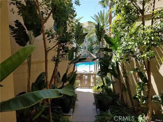 2210 Scholarship, Irvine CA: http://media.crmls.org/medias/18001512-5ad1-4a69-b1d3-07a7a1551988.jpg