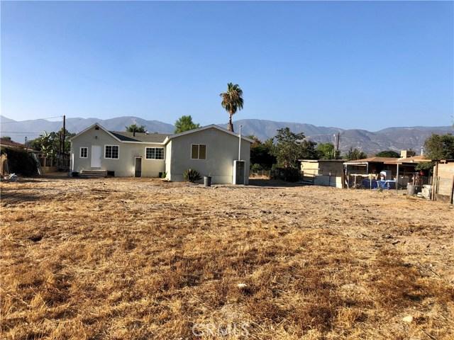 2281 W 2nd Avenue, San Bernardino CA: http://media.crmls.org/medias/180c5edd-168a-439c-9357-08d4eb7fcfa2.jpg