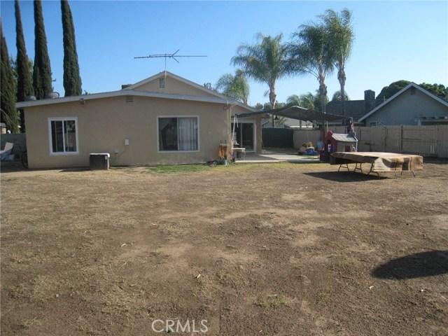 4481 Clarksdale Drive, Riverside CA: http://media.crmls.org/medias/18114e16-aa69-466a-af22-d9689e0024e7.jpg