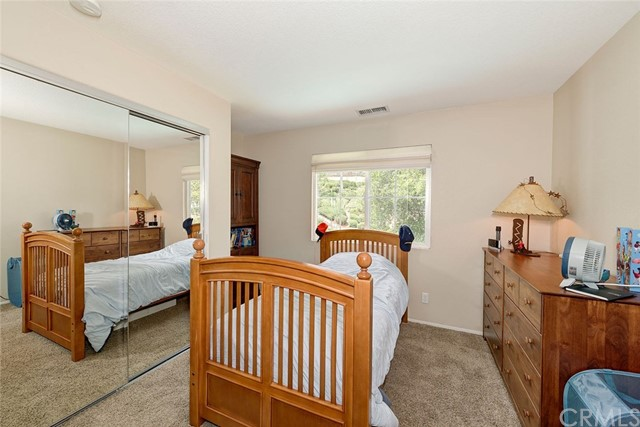 9 Franklin Way, Ladera Ranch CA: http://media.crmls.org/medias/181c30de-29d2-48ff-9404-2a6a6a73f722.jpg