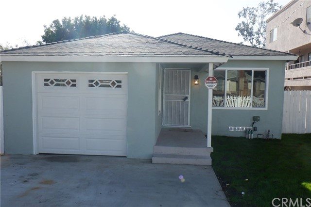 4738 153rd Place, Lawndale, California 90260, 3 Bedrooms Bedrooms, ,1 BathroomBathrooms,Single family residence,For Sale,153rd,SB20249530