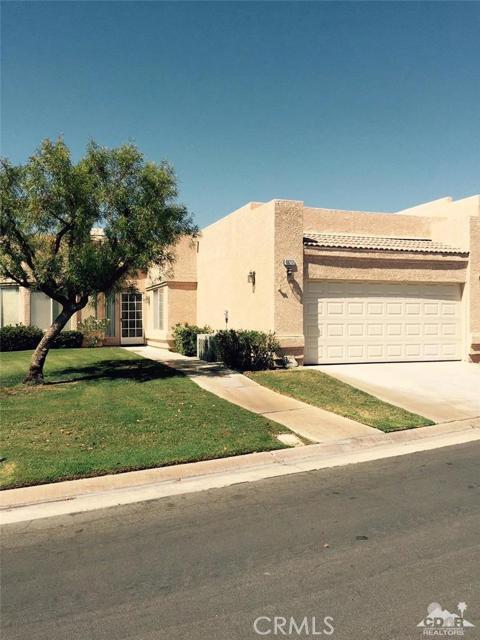 48212 Vista De Nopal La Quinta, CA 92253 is listed for sale as MLS Listing 216020650DA