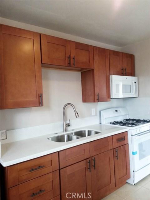 Quadraplex for Rent at 3536 West Adams Boulevard Unit 1/2 3536 W West Adams Boulevard Los Angeles, California 90018 United States
