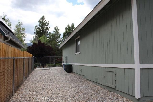1250 E Alpinview Drive, Big Bear CA: http://media.crmls.org/medias/18312dc8-a97c-4972-9c6a-3b8731f69fba.jpg