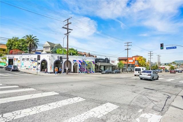 1042 Hyperion Avenue, Los Angeles CA: http://media.crmls.org/medias/18374e47-a880-445e-bdd2-9e3bd5754ef8.jpg