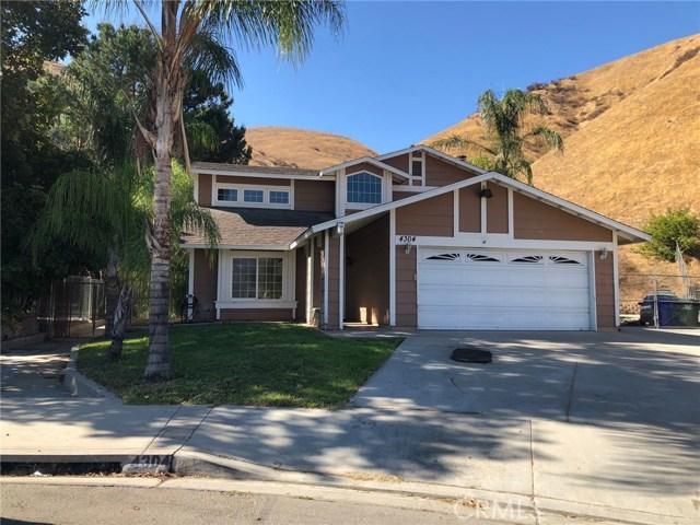 4304 Whitney Drive, San Bernardino CA: http://media.crmls.org/medias/183967a7-2a7e-4c32-b84d-2d00a8182148.jpg