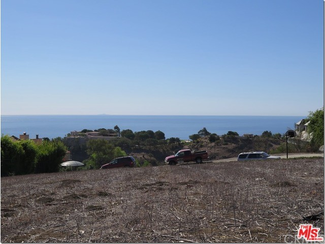 Additional photo for property listing at 5820 Fox View Drive  Malibu, California 90265 United States