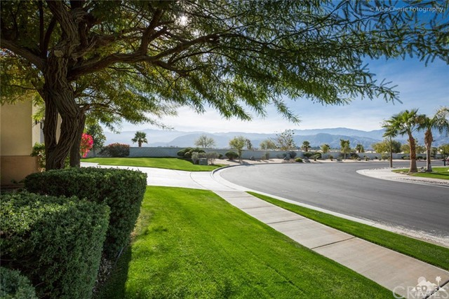 10 Bollinger Road Rancho Mirage, CA 92270 is listed for sale as MLS Listing 216034196DA
