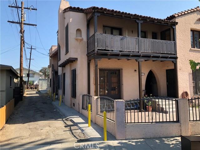 1247 N Loma Vista Drive, Long Beach CA: http://media.crmls.org/medias/1871734d-99cb-460f-a681-3b04a09e3693.jpg