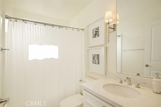 2554 Elden Avenue, Costa Mesa CA: http://media.crmls.org/medias/1877d8f7-82fb-430f-bba9-f149469d7f36.jpg
