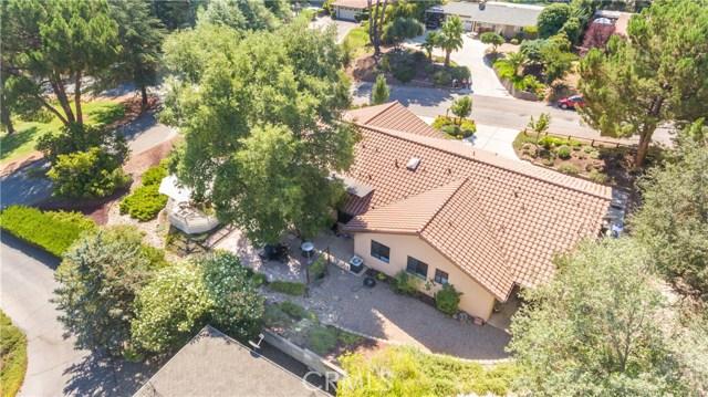225 Crestline Drive, Paso Robles CA: http://media.crmls.org/medias/18791076-8f42-47c9-b87e-c5d2090a08d2.jpg
