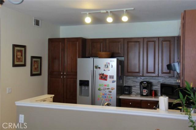 12068 Sylvan, Fountain Valley CA: http://media.crmls.org/medias/187ec1fe-2973-43f9-a3e1-26e5cf7f725c.jpg