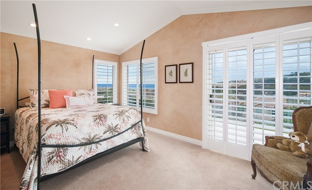 37 SANTA LUCIA, Dana Point CA: http://media.crmls.org/medias/18935698-6344-462b-8cd9-31576b299453.jpg