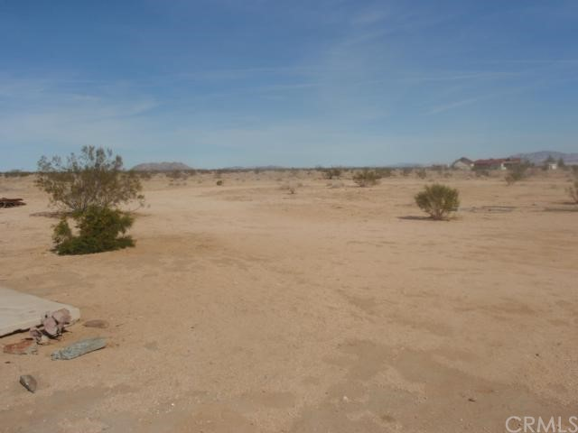 Single Family for Sale at 0 Mantonya 29 Palms, California 92277 United States