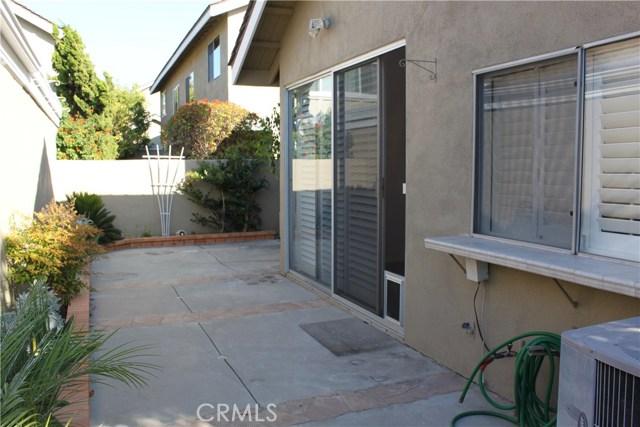 15 Pebblewood, Irvine, CA 92604 Photo 4
