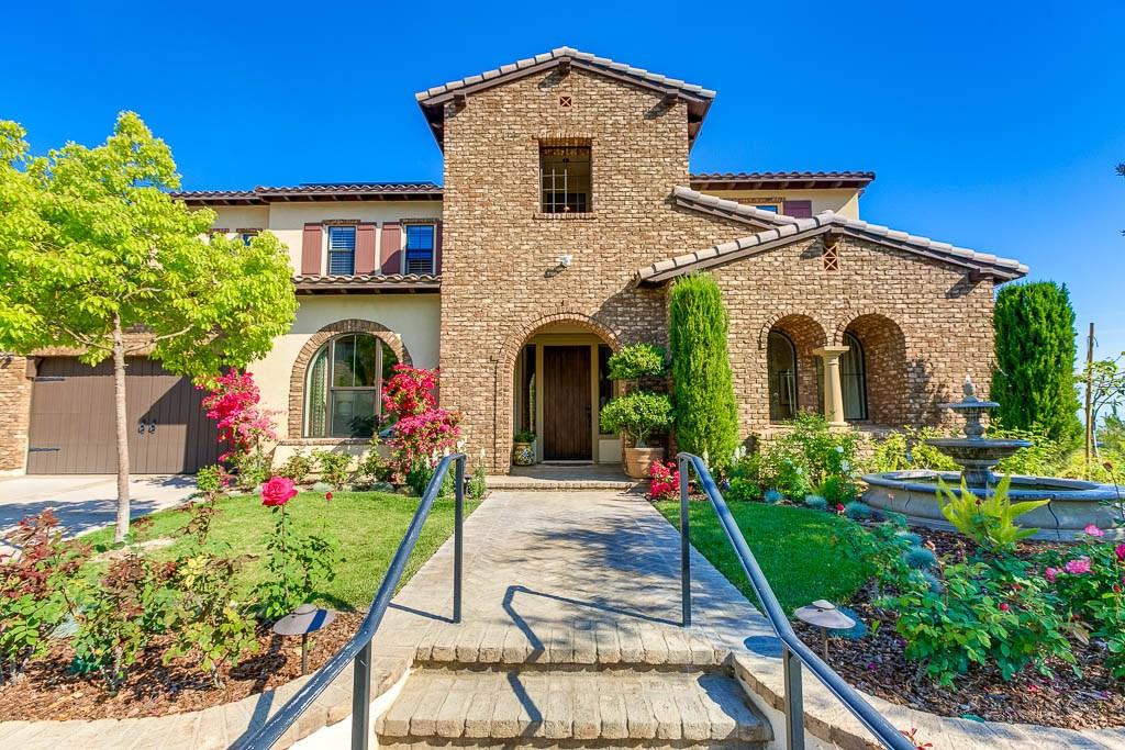 独户住宅 为 销售 在 2849 Horizon Hills Drive 西柯维纳市, 91791 美国