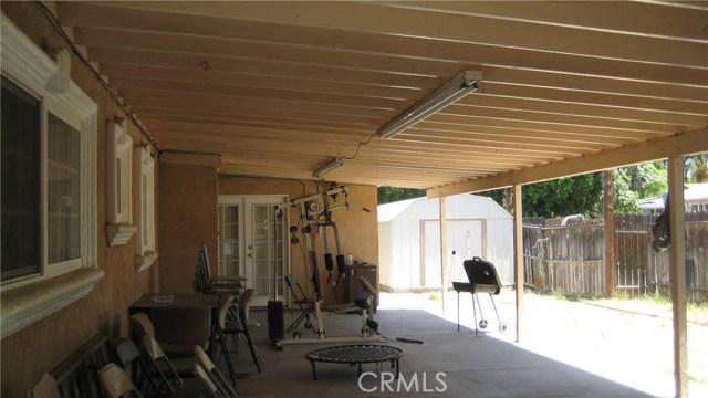 625 Montrose Avenue, Hemet CA: http://media.crmls.org/medias/18a4067c-0e22-4387-9682-8267294142bf.jpg