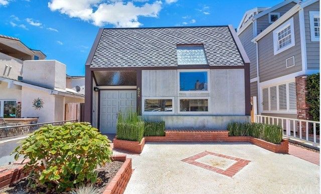 428 Goldenrod Avenue - Corona del Mar, California