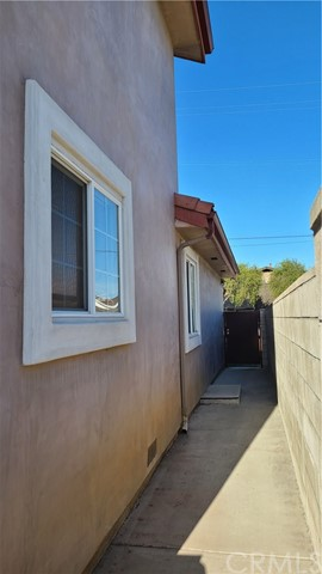 419 N Nicholson Avenue, Monterey Park CA: http://media.crmls.org/medias/18b314b2-02ca-4be8-9ee0-4e705c7ca4a5.jpg