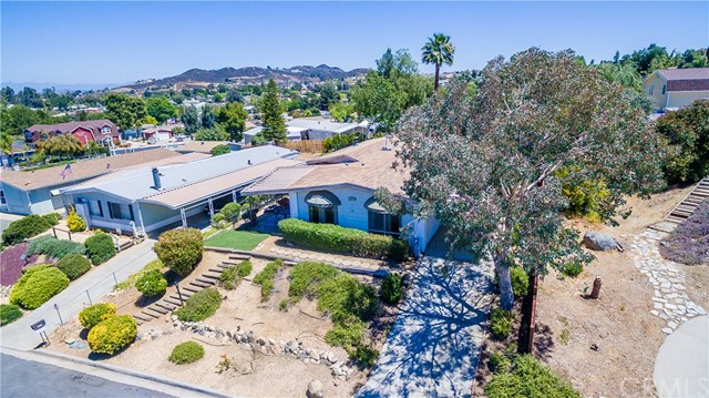 24409 Wagon Wheel Lane Wildomar, CA 92595 - MLS #: SW18128636