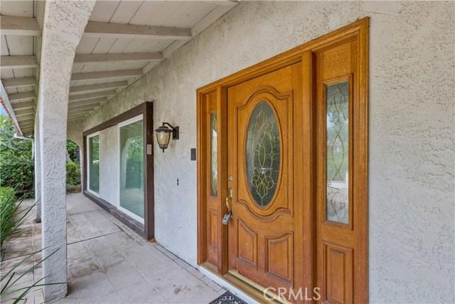 5720 Via Sotelo, Riverside CA: http://media.crmls.org/medias/18c990b1-33ee-422c-a48a-342fe147ecf9.jpg