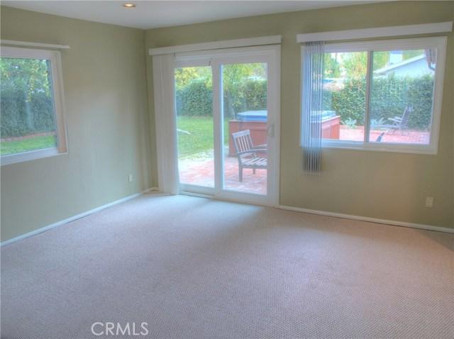 23457 Styles Street, Woodland Hills CA: http://media.crmls.org/medias/18d172f9-16e1-4ecc-8429-5e0464600396.jpg