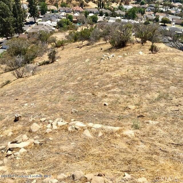 0 Above Petaluma, Sun Valley CA: http://media.crmls.org/medias/18d71ee0-c827-4608-a11c-0674c38317bb.jpg