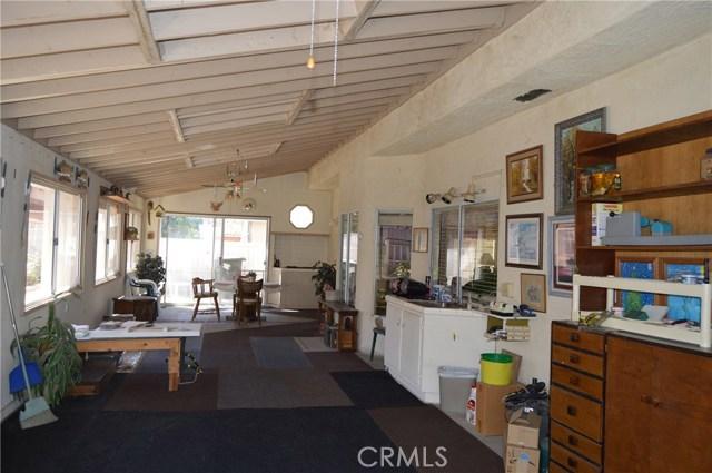 35610 Balsam Street, Wildomar CA: http://media.crmls.org/medias/18e9c8d8-4fc6-4d3e-868f-b808763f42c9.jpg