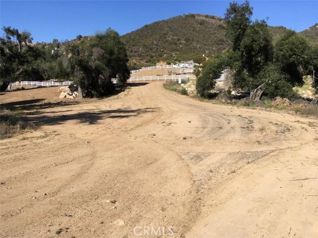 4 Via Sereno, Murrieta CA: http://media.crmls.org/medias/18f56301-ef5c-425d-b639-3ca185f98936.jpg