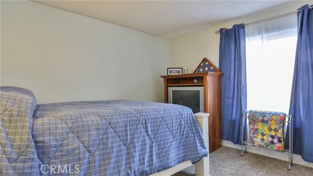 1322 Lanfair Street, Redlands CA: http://media.crmls.org/medias/190c0220-7535-4189-936f-40cc929d2e48.jpg