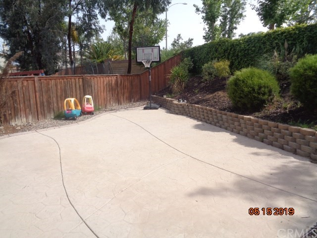 32501 Sprucewood Way, Lake Elsinore CA: http://media.crmls.org/medias/1922ac2d-d185-4512-8c10-d7fee2c26bce.jpg