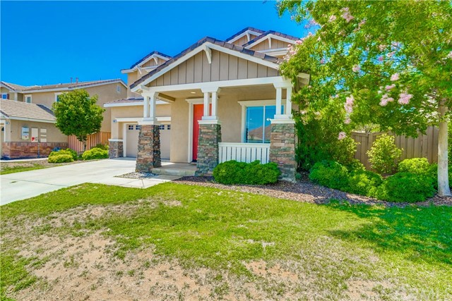 31991 Sugarbush Lane, Lake Elsinore CA: http://media.crmls.org/medias/192d2f26-dfaa-449f-8192-cae39b3f6d56.jpg