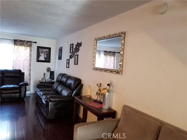 624 S Sullivan Street, Santa Ana CA: http://media.crmls.org/medias/192f8c85-4ad4-4318-ae89-dc526837e949.jpg