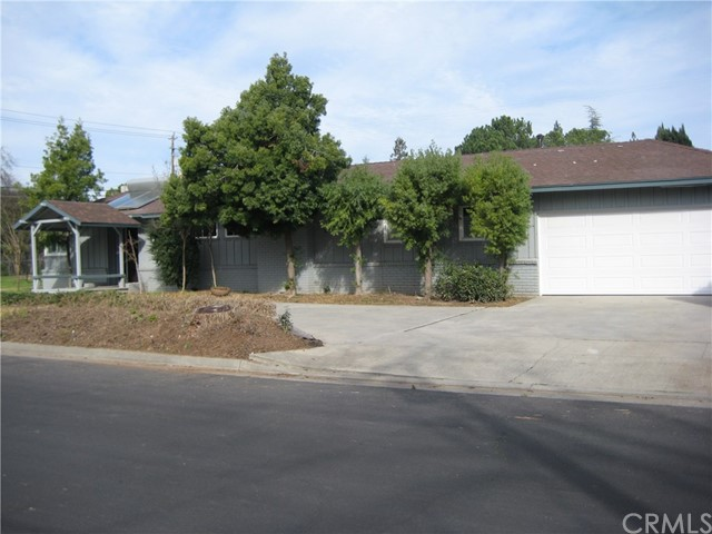 Single Family Home for Sale at 1415 Santa Ana Avenue E Fresno, California 93704 United States