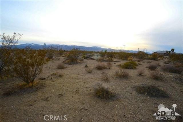 3177 La Mesa Road, Phelan CA: http://media.crmls.org/medias/193d59b3-a65c-4763-aeac-5fb1164b2826.jpg