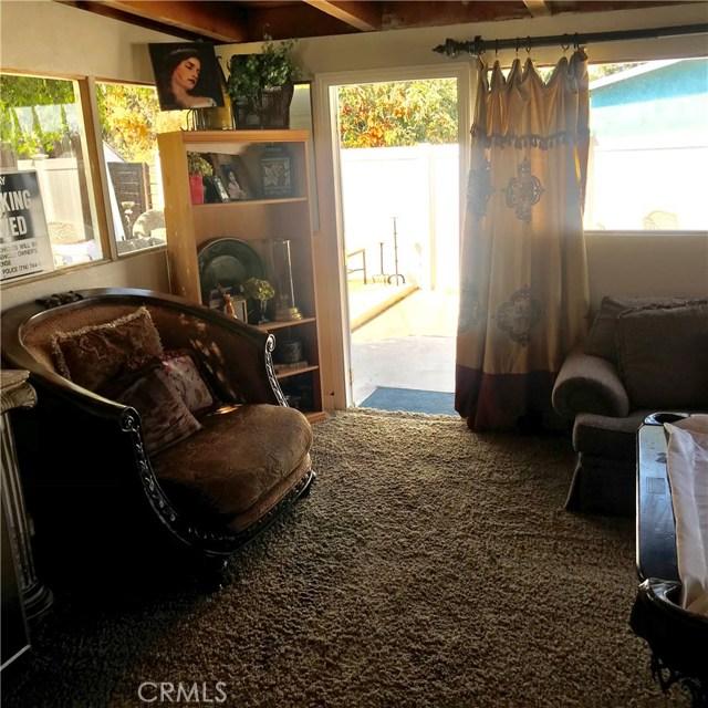 1011 W Citron Street, Corona CA: http://media.crmls.org/medias/193fe0eb-6bf8-43d2-bffa-3affb0eb7e35.jpg