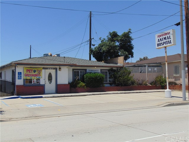 独户住宅 为 销售 在 21617 Figueroa Street 卡尔森, 加利福尼亚州 90745 美国
