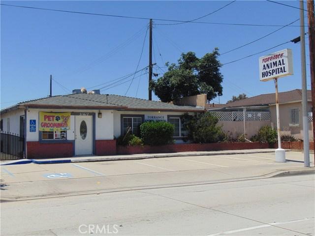 Casa Unifamiliar por un Venta en 21617 Figueroa Street Carson, California 90745 Estados Unidos
