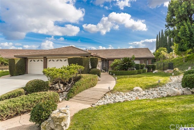 Single Family Home for Sale at 2102 Wildwood Court Fullerton, California 92831 United States