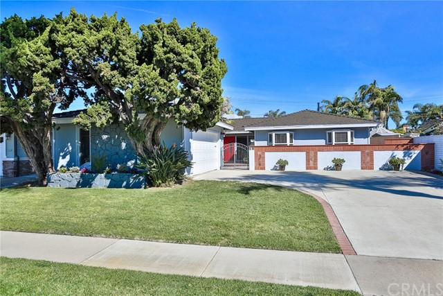 22072 Surfrider Lane Huntington Beach, CA 92646 OC18051511