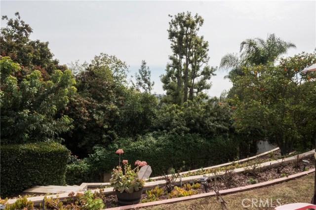 25122 Buckskin Drive, Laguna Hills CA: http://media.crmls.org/medias/195f370b-4dde-4358-8719-9a58a4c6162e.jpg