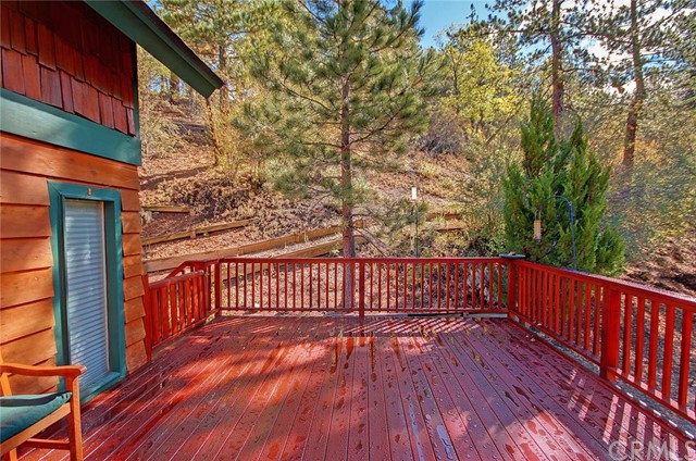 Additional photo for property listing at 43682 Ridge Crest Drive  Big Bear, California 92315 United States