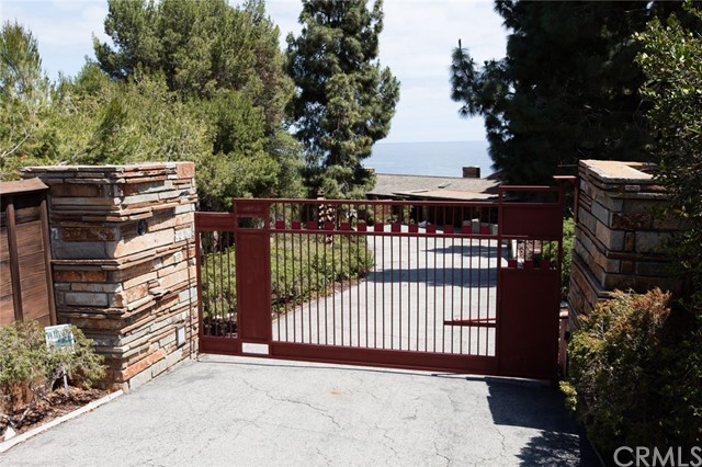 Single Family Home for Rent at 8 Sea Cove Drive Rancho Palos Verdes, California 90275 United States