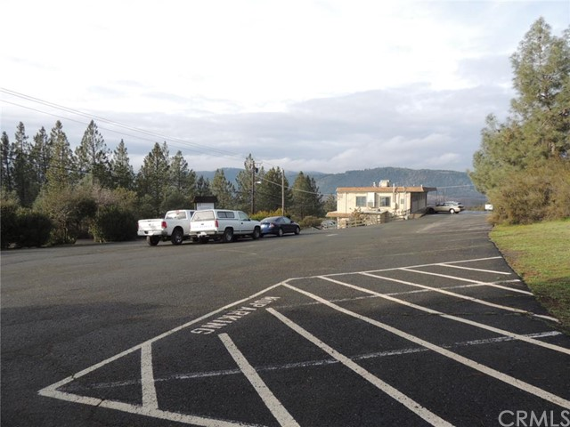 Offices for Sale at 15666 18th Avenue Clearlake, California 95422 United States