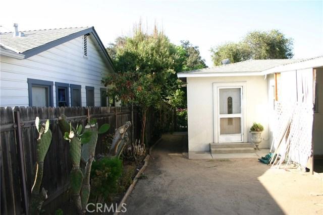 15808 Victoria Avenue, La Puente CA: http://media.crmls.org/medias/19b2bb07-fdf1-47be-b06b-fa8c0681d3c9.jpg