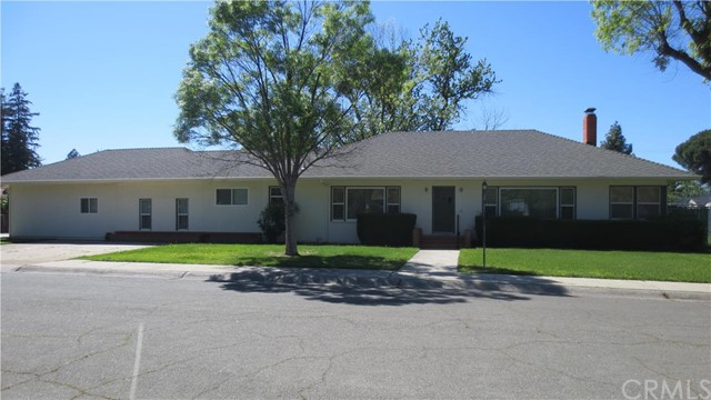 Single Family Home for Sale at 325 Marshall Avenue S Willows, California 95988 United States