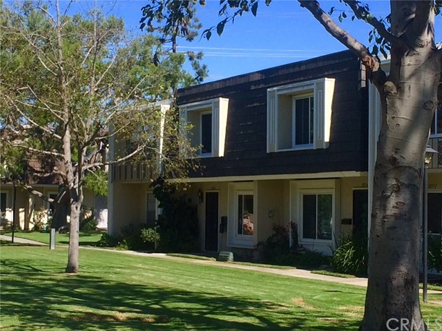 Townhouse for Sale at 18543 San Marcos Street Fountain Valley, California 92708 United States